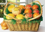 Traditional Picnic Fruit Basket